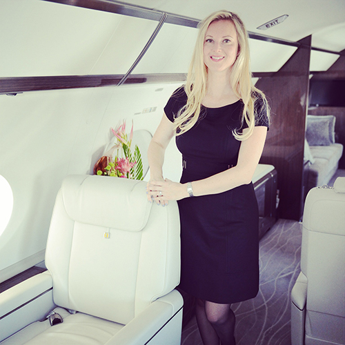 how to become a corporate flight attendant